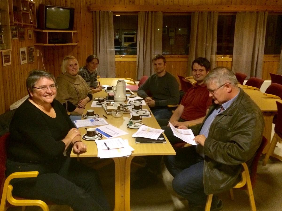 Frå venstre: Bergitte Husa Kippernes, Berit Hoset Stavik, Britt K Reiten, Vegard Innerdal, Leif Arne Mo og Jon Olav Ørsal.