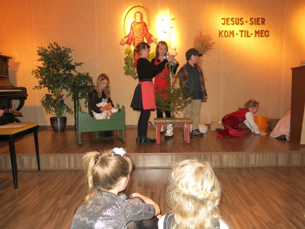Juletrefest på Eidet bedehus