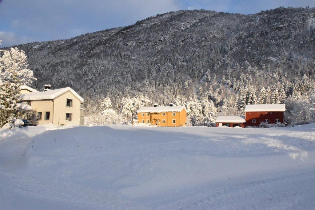 Første soldag i Sissigrenda - egentleg er det 19. januar som er offisiell solfestdato der.  Foto: Jon Olav Ørsal