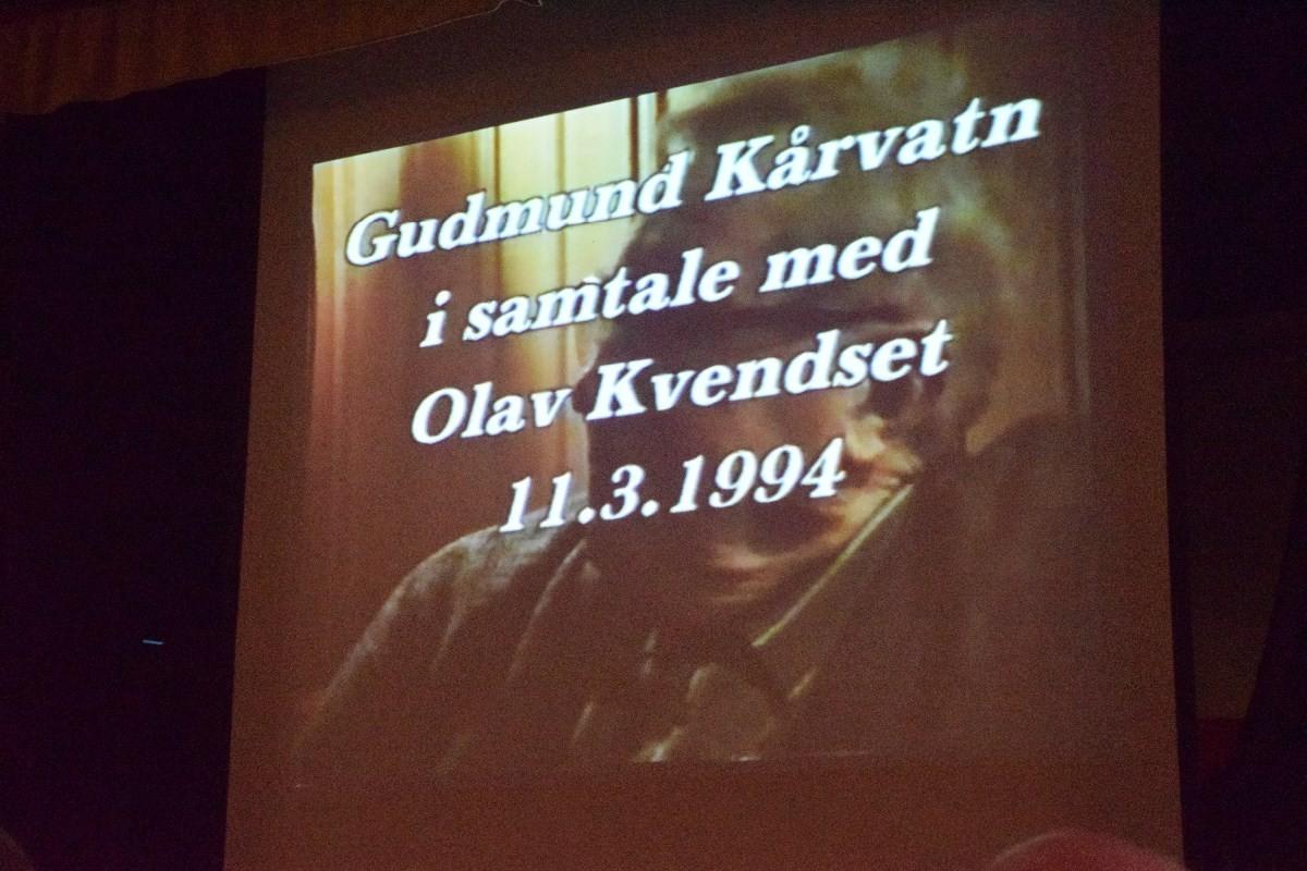 Opptak av samtalen mellom Gudmund og Olav skjedde i 1994 og vart filma av Svein Åge Saksen