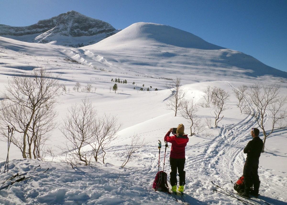 utsikt frå Tristeinan i retning Snøfjellet.  Foto: Jon Bruset