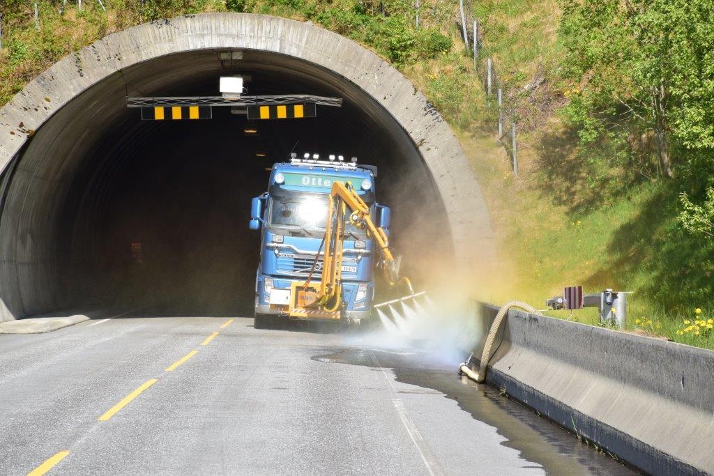Her blir Svinviktunnelen gullande rein.  Foto: Jon Olav Ørsal