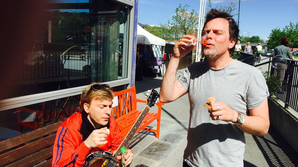 Rasmus Rohde og Jostein Ansnes i Vårsøghelga i intens øving på rekordforsøket.  Foto:Driva