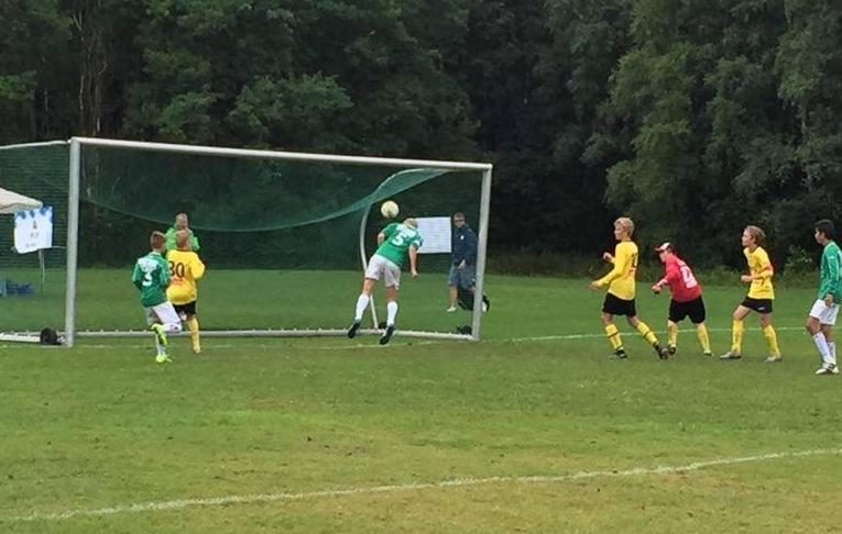 Ola Valset header inn 3-2 målet