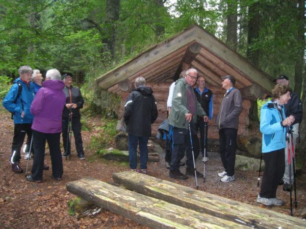 Ved gapahuken ved Bøkeskogen.   Foto: Sigrun Ørsal
