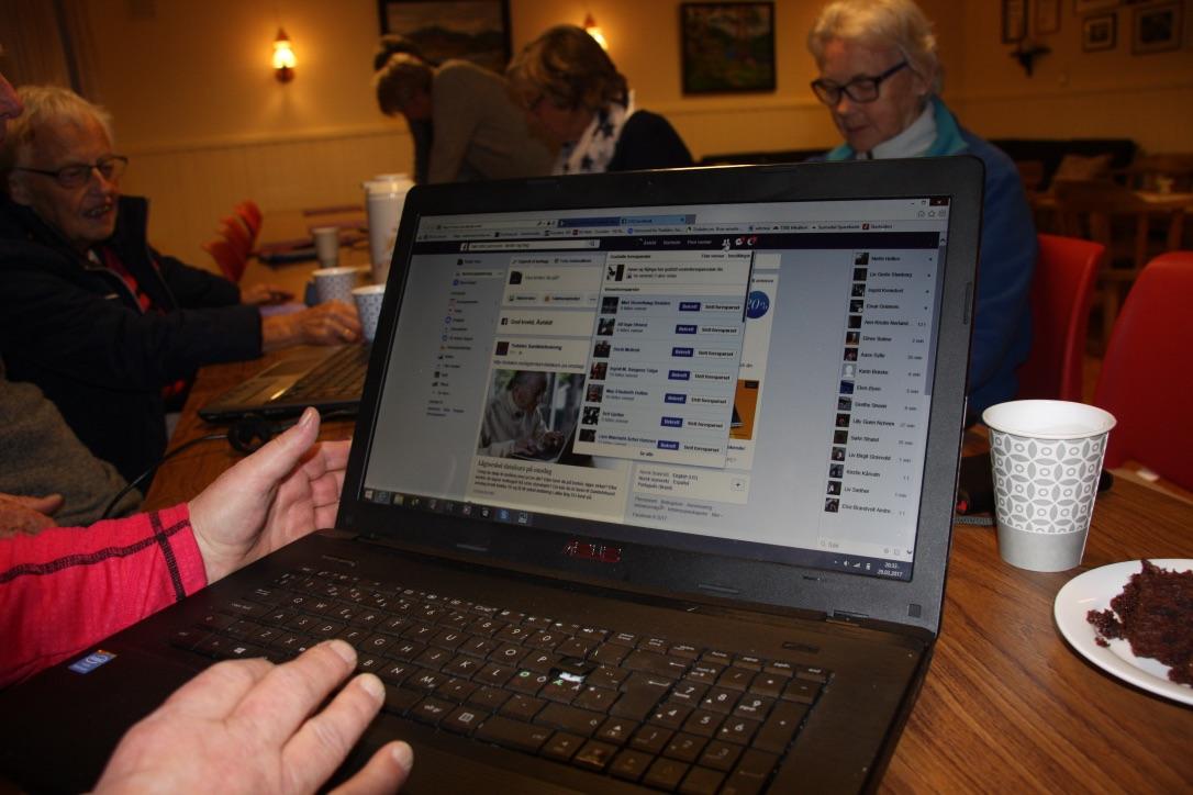 No startar pensjonistlaget med datakurs igjen.  Foto: privat