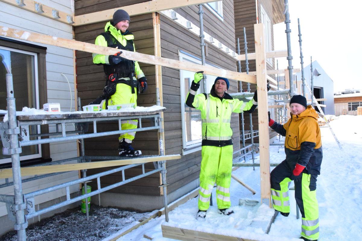 Utlånt på prosjektoppdrag i Rørvik - byggjer 12 terrasser til boligprosjekt i Rørvik sentrum. Foto: Jon Olav Ørsal