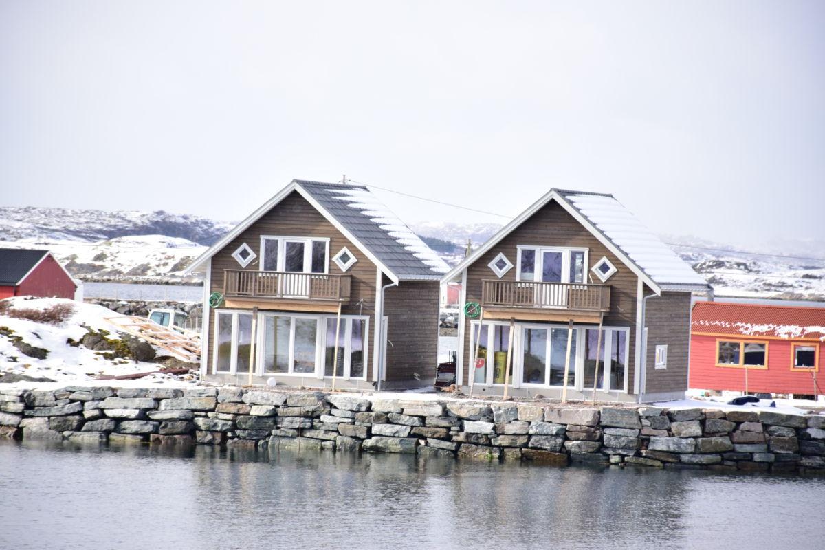 Sjøbuer under bygging i Rørvik - utvikla hos Talgø MøreTre.   Foto: Jon Olav Ørsal