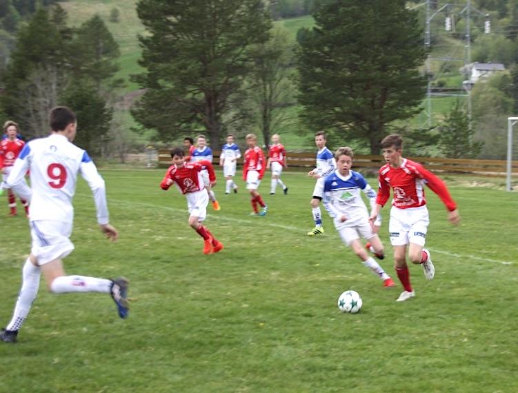 Fotballsesongen i aldersbestemte klassar godt i gang.