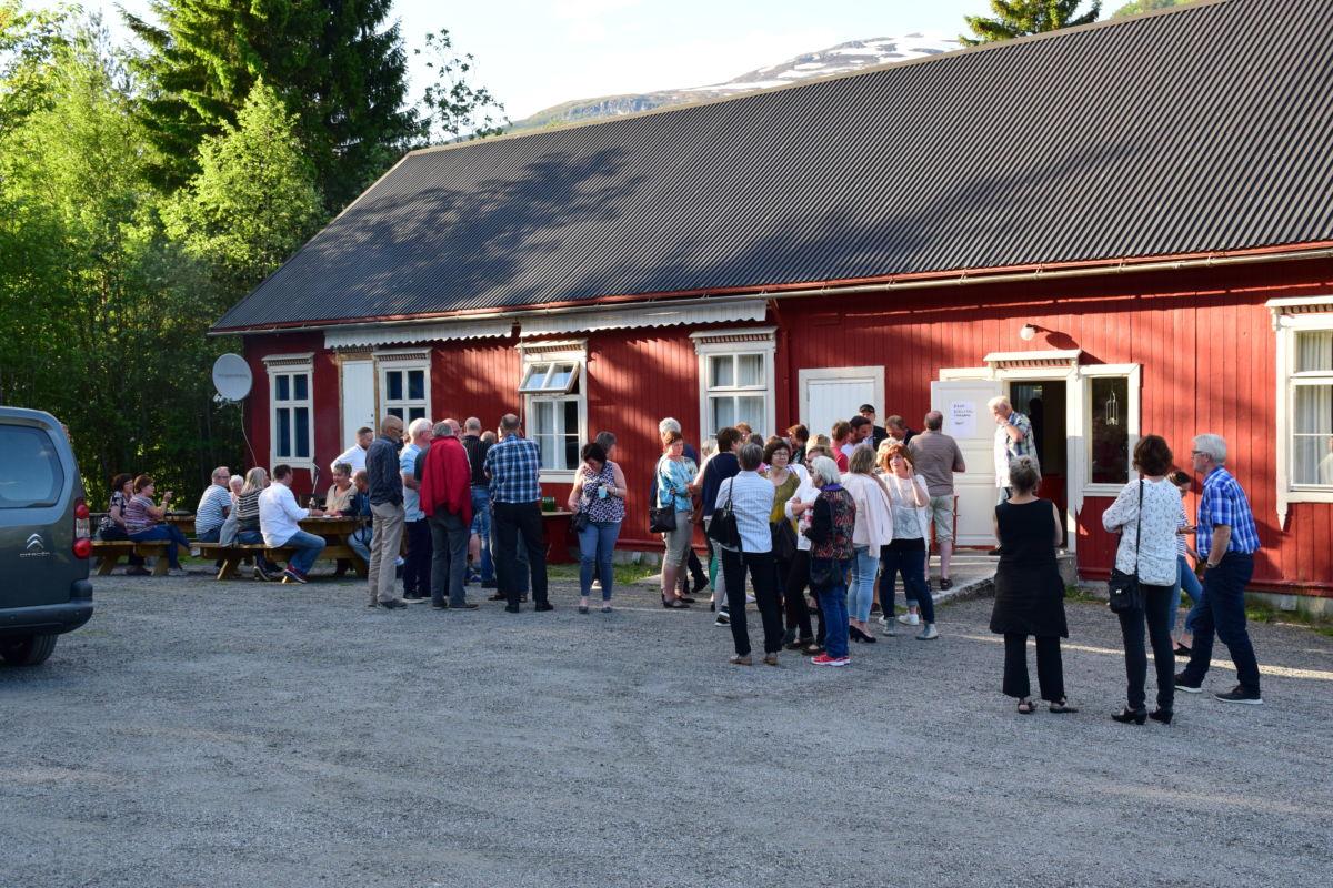 Ungdomshuset treng ein rundtvask - kjem du? Foto: Jon Olav Ørsal