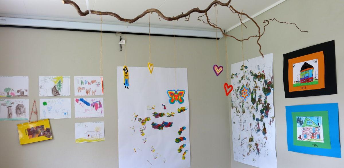 Kunstutstilling for Todalen barnehage. Foto: Dordi J H