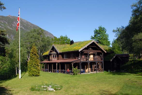 Laurdag kveld innbyr Todalshytta til 3 retters festmiddag!  Arkivfoto: Jon Olav Ørsal