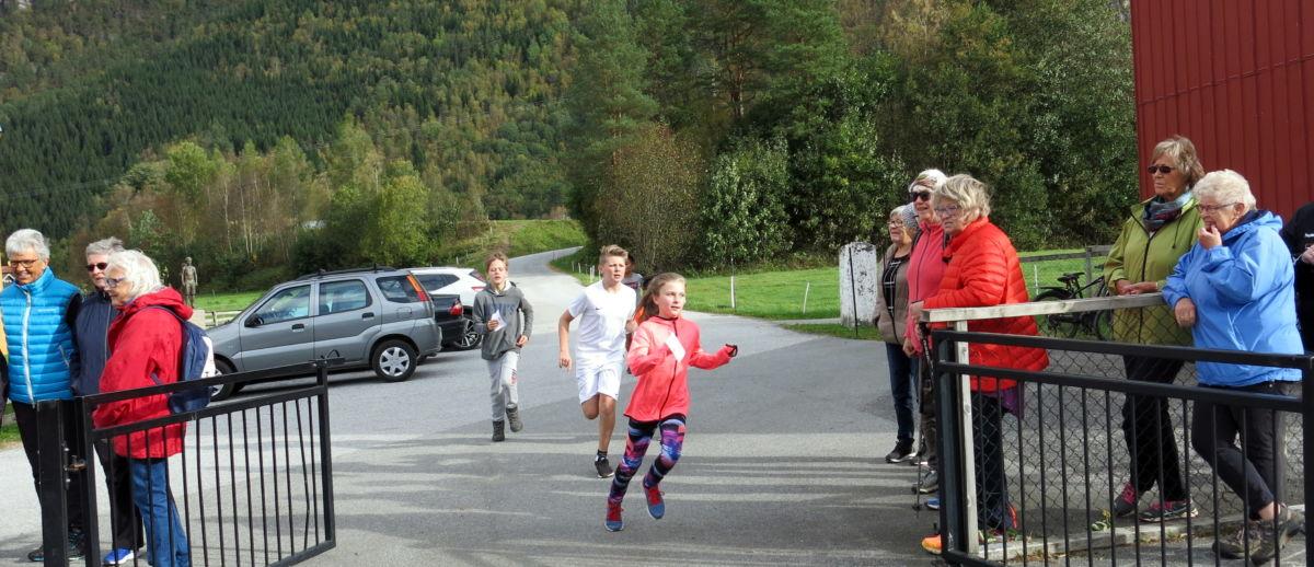 Stor innsats og full fart! Foto: Dordi J H