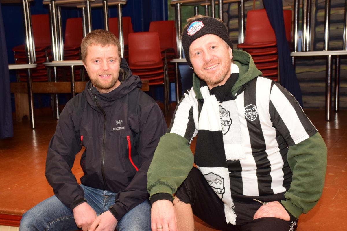 Det skal bli julerevy av høg kvalitet, seier Anders Gjeldnes og Knut Bergli.  Foto: Jon Olav Ørsal