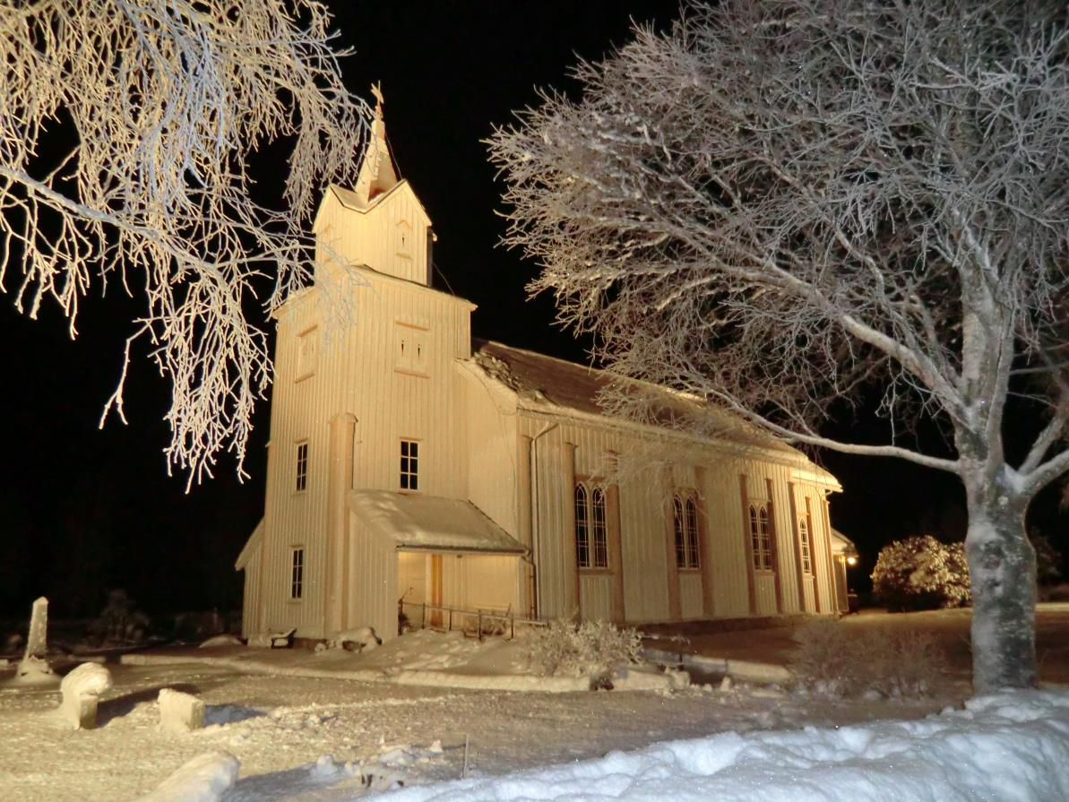 Todalen kyrkje  - foto: Anders Gjeldnes