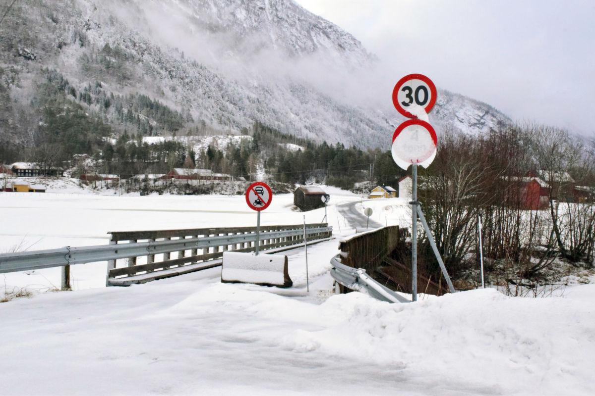 Startar planleggjinga av ny Øyabru sanarast.  Foto: Jon Olav Ørsal