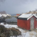 Værbitt  naust  ved  Saltstraumen  i  Bodø