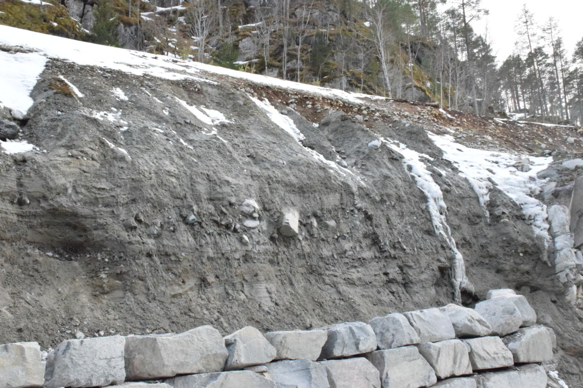 Stor fare for steinsprang i anleggsområdet i Kufalla i teleløsinga.  Foto: Jon Olav Ørsal