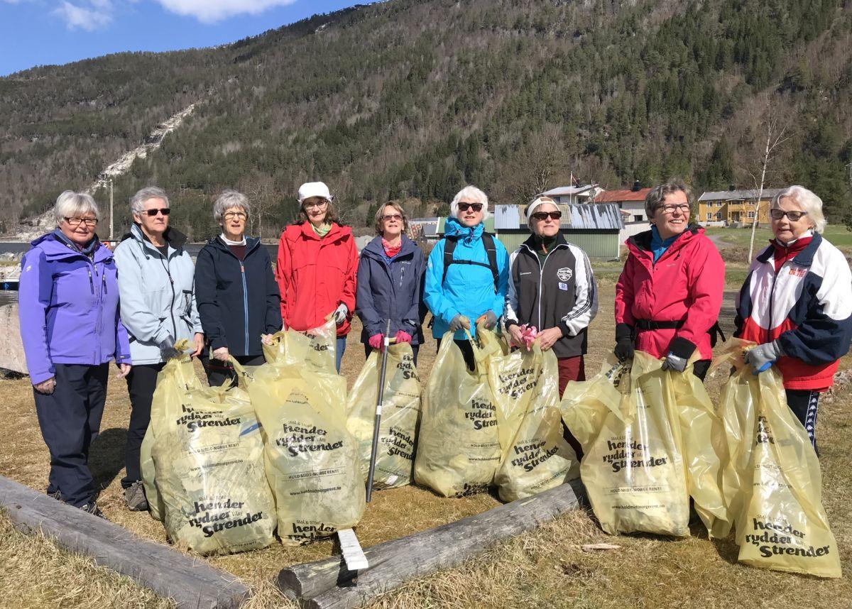 Stor innsats og mykje søppel. Foto: Dordi J H