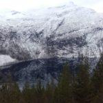 Speilblank  fjord.