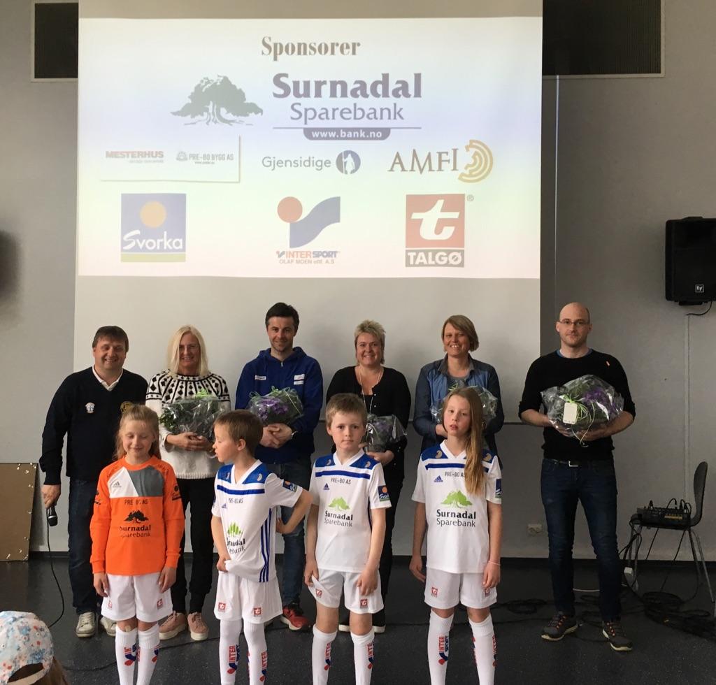 Hovudsponsor er Surnadal sparebank, medan Intersport Olaf Moen er ytstyrssponsor. Resten av sponsorane er Talgø AS, Pre-Bo AS, Gjensidige, Amfi Drift AS og Svorka  .