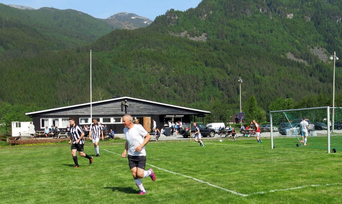 Fotballfest på Bordholmen. Foto: Dordi J H