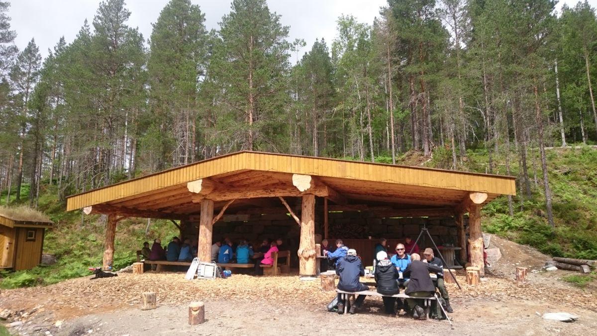 Gapahuken til Todalen idrettslag på Tjønnmyra.  Foto: Bitten Ranes