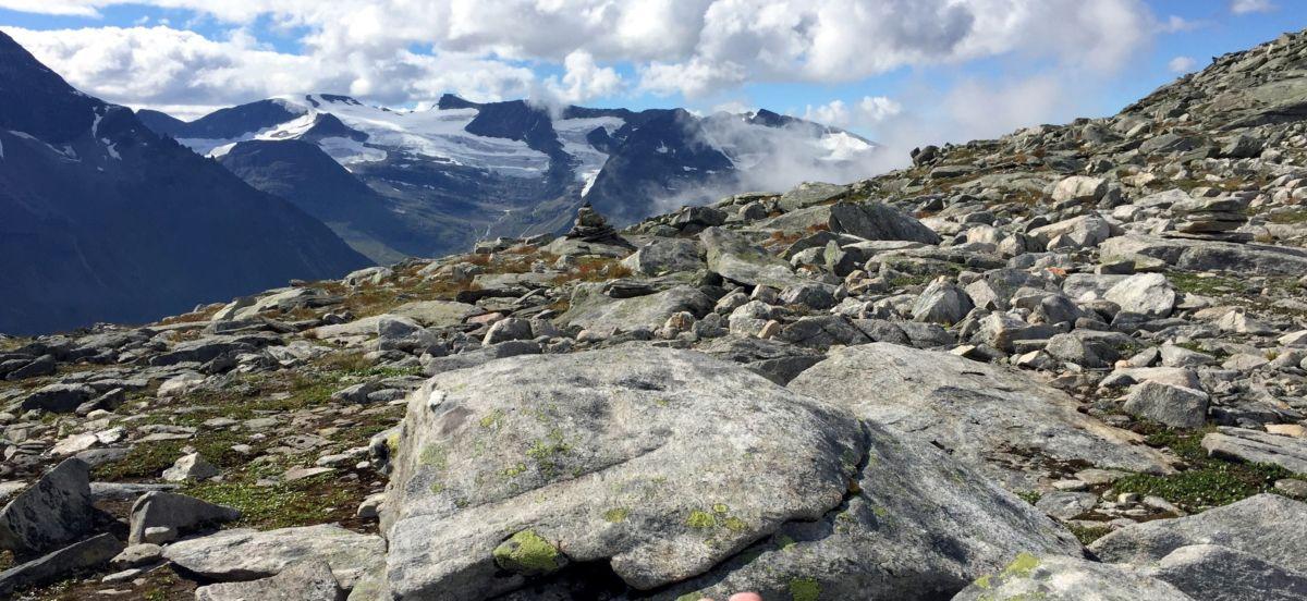 Utsikt frå Bjøråskaret. Foto: Dordi J H