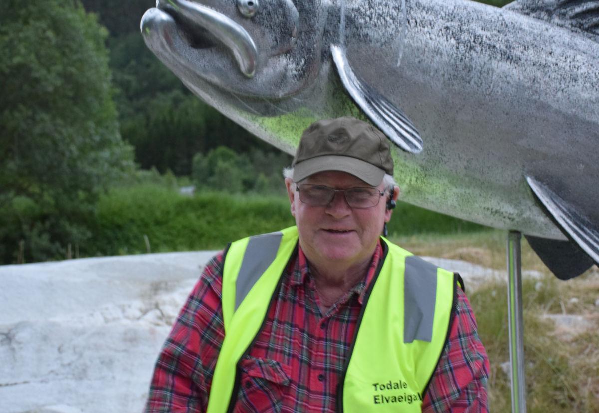 Lite vatn og høg temperatur, men bra med laks i Toåa, seier Asbjørn Karlsen.  Foto: Jon Olav Ørsal