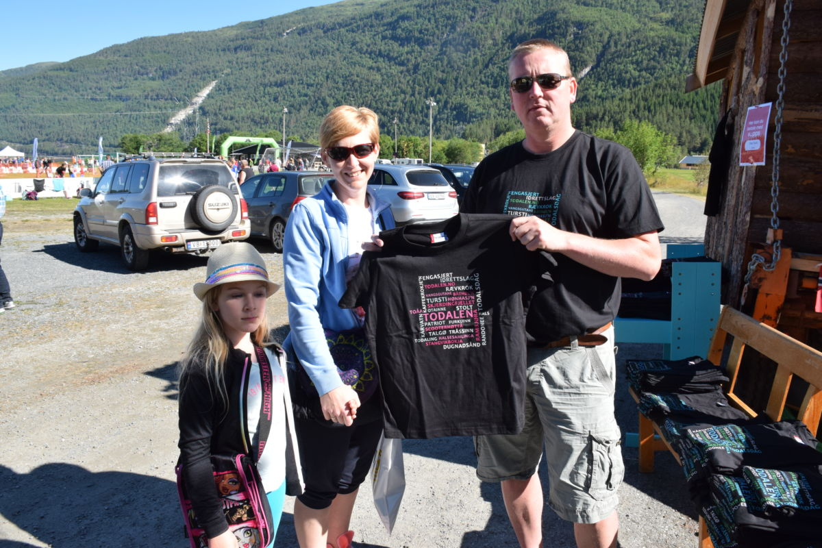 Kjøp t-skjorte med dialektord frå Todalen - bestill no!  Arkivfoto: Jon Olav Ørsal