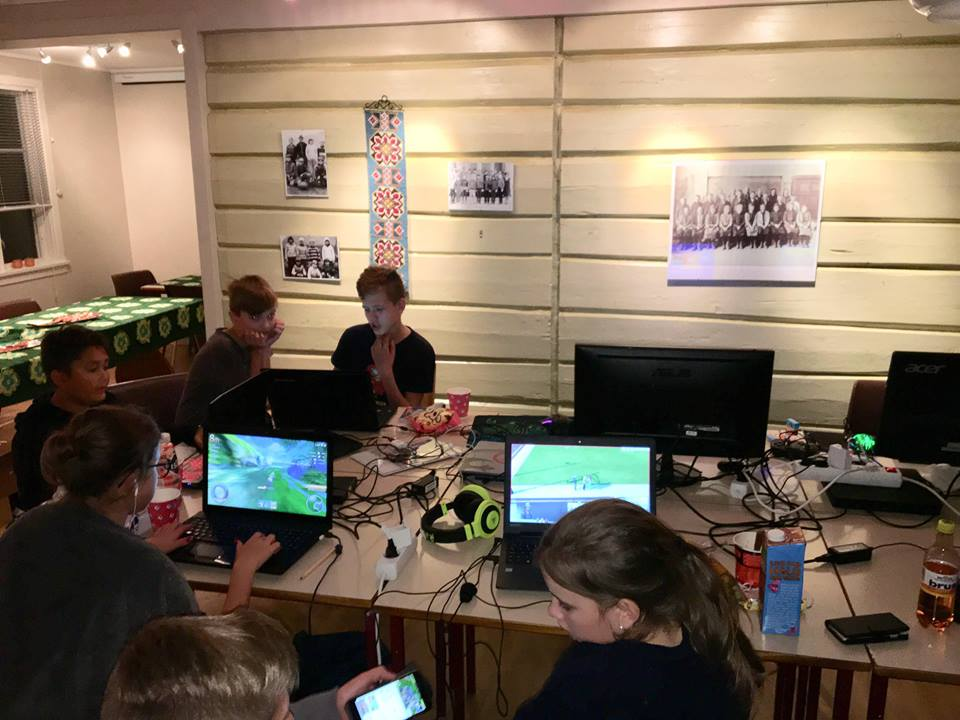 Vellukka  LAN  med  Start  4H  oppi  Skulstuå