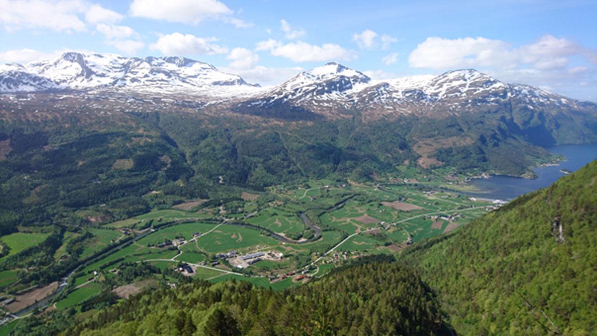Utsikt over Todalen - foto Jo Gjeldnes