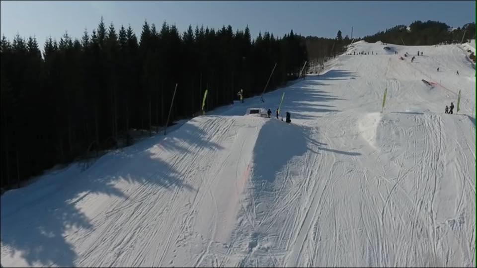 Pipelife Show & Style i alpinbakken søndag