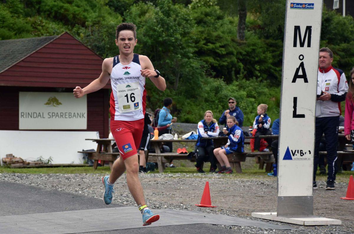 Erik Kårvatn på 3 plass i sin klasse under Trollheimsløpet 2019