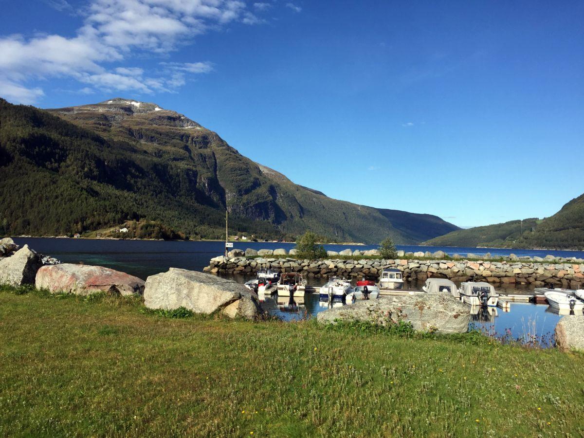 Småbåthamna i Todalen. Foto: Dordi J H