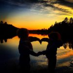 Tuva  og  Frida;  Søskenkjærlighet  ved  Måvatnet!