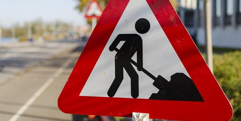 Melavegen – vegarbeid og asfaltarbeid ved Bruset