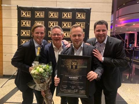 Frode Kvist (f.v.), Roger Luneborg, salgssjef Brynjar Ansnes Moe og Jon Hasselgård.