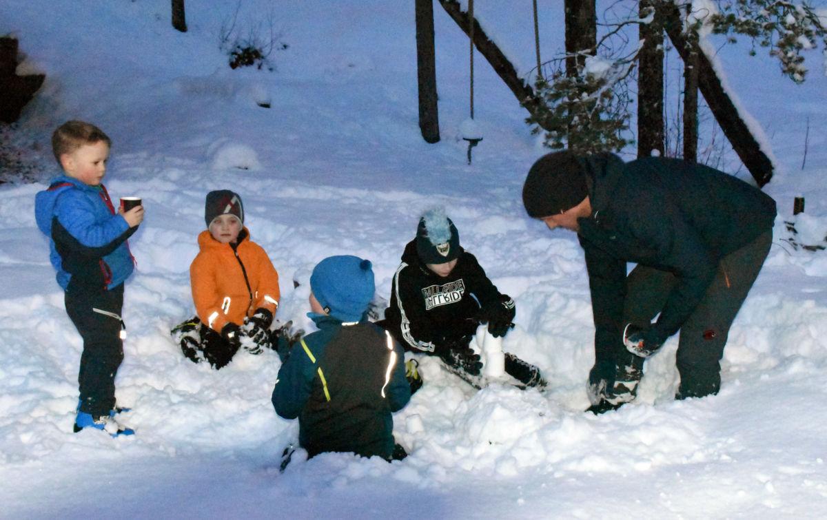 Å så triveleg vart å få snø og vinterføre....  Foto: Jon Olav Ørsal