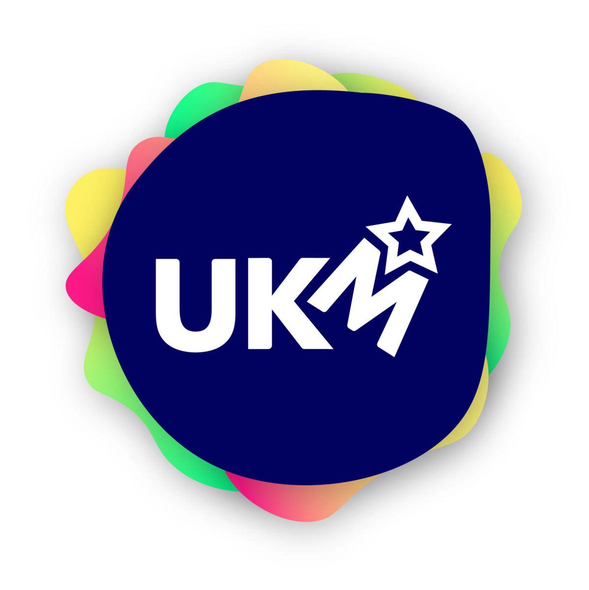 Logo for UKM - Ungdomens Kulturmønstring.