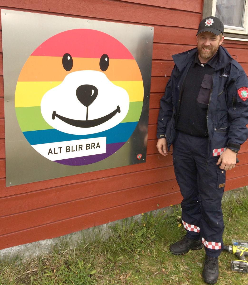 Positivt innslag i kvardagen - Bjørnis minner oss om at vi skal være positive.  Foto: Jorunn Nordvik