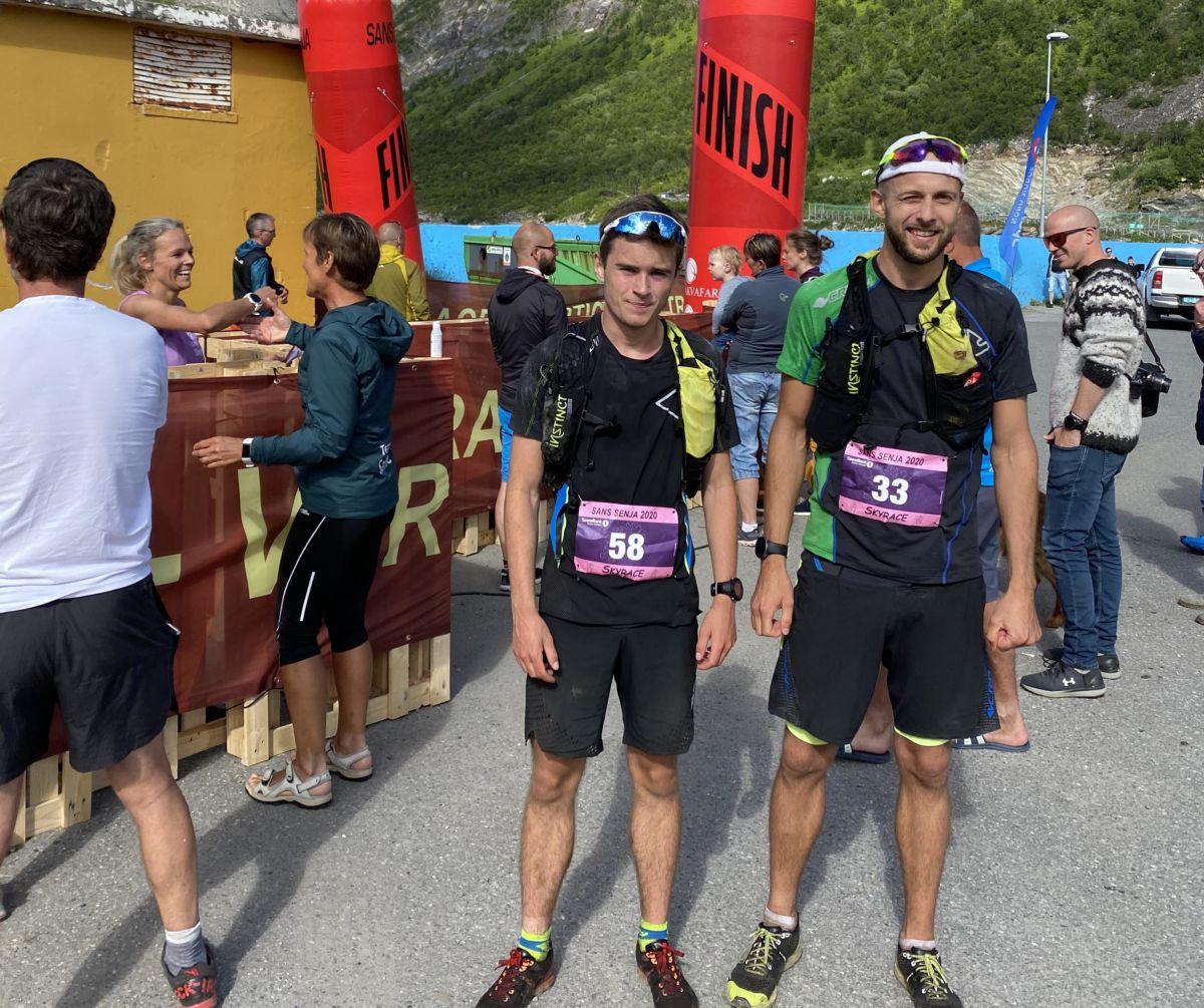 Vel i mål - sterke løp av begge to - Erik på 18.-plass mens Kristoffer vart nr 9!  Foto: Gudmund Kårvatn