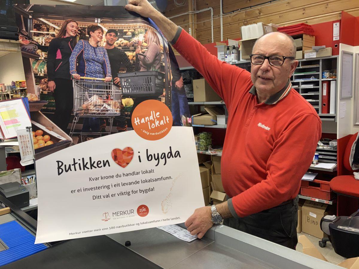 Handelsmann Nordvik er klar for lokal handledag komande laurdag.  Foto: Jon Olav Ørsal
