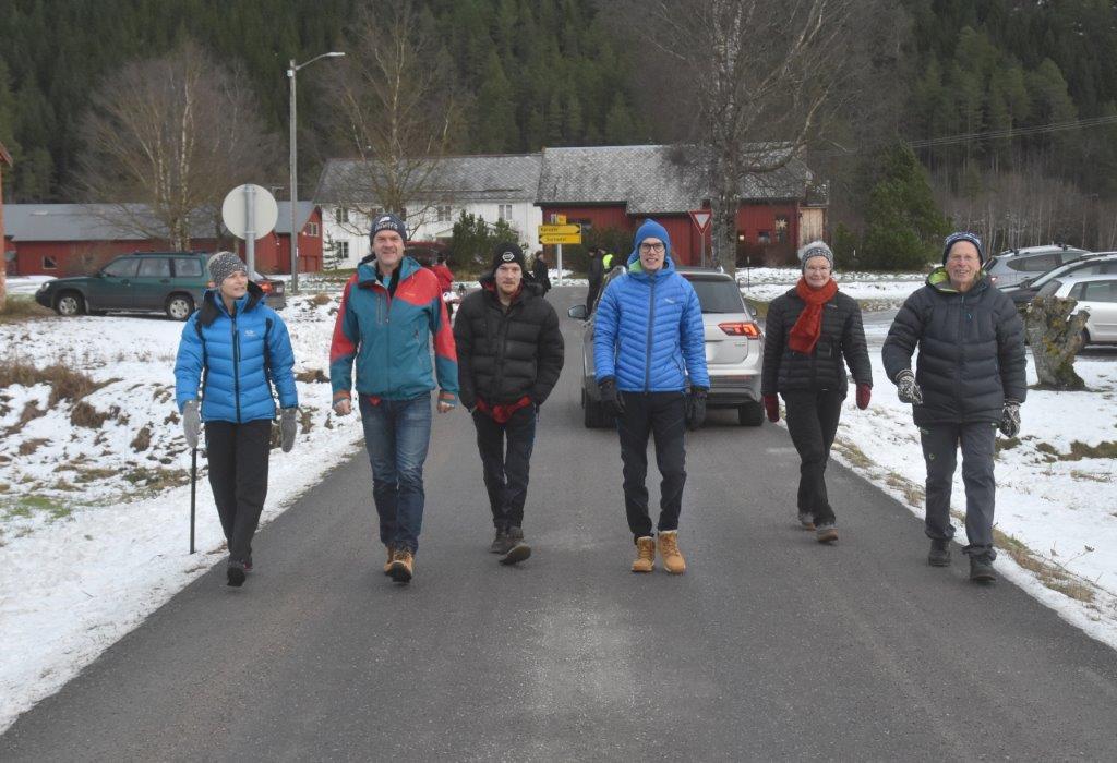 Frå venstre Jorunn, Nils Ove, Jan B., Stian , Ingrid og Jan N.   Foto: Jon Olav Ørsal