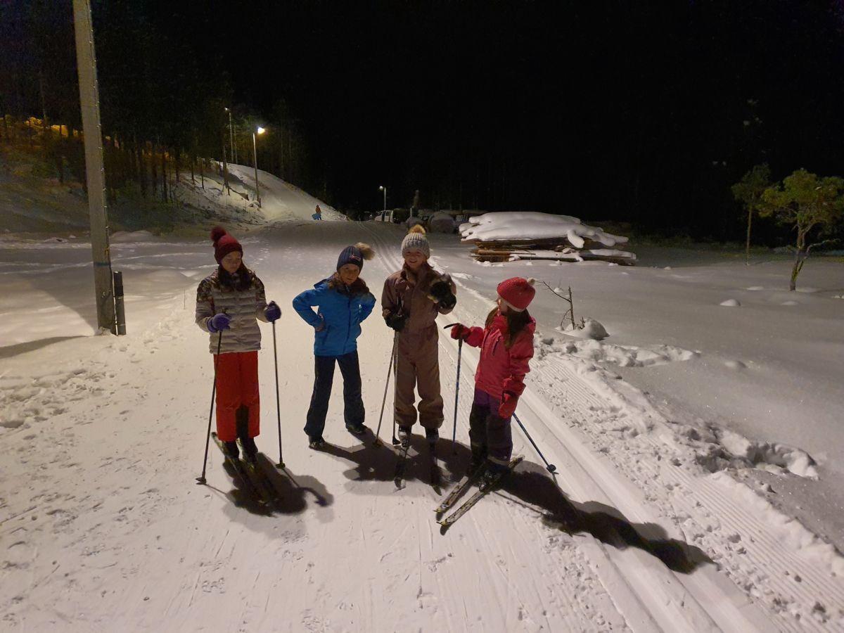 F.v. Nicole, Lisa, Martine og Natacha. Foto: B G Ansnes
