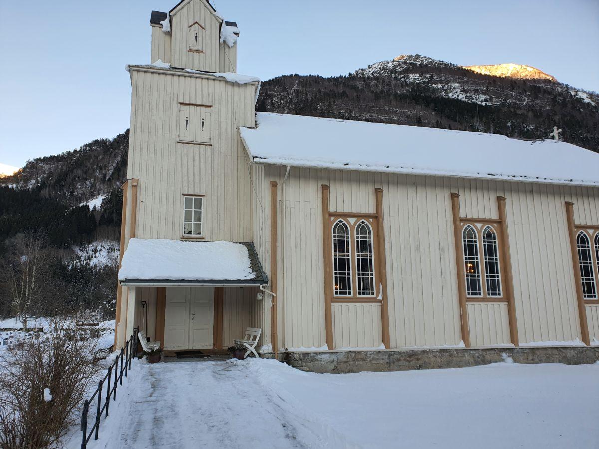 Todalen kyrkje. Foto: B G Ansnes