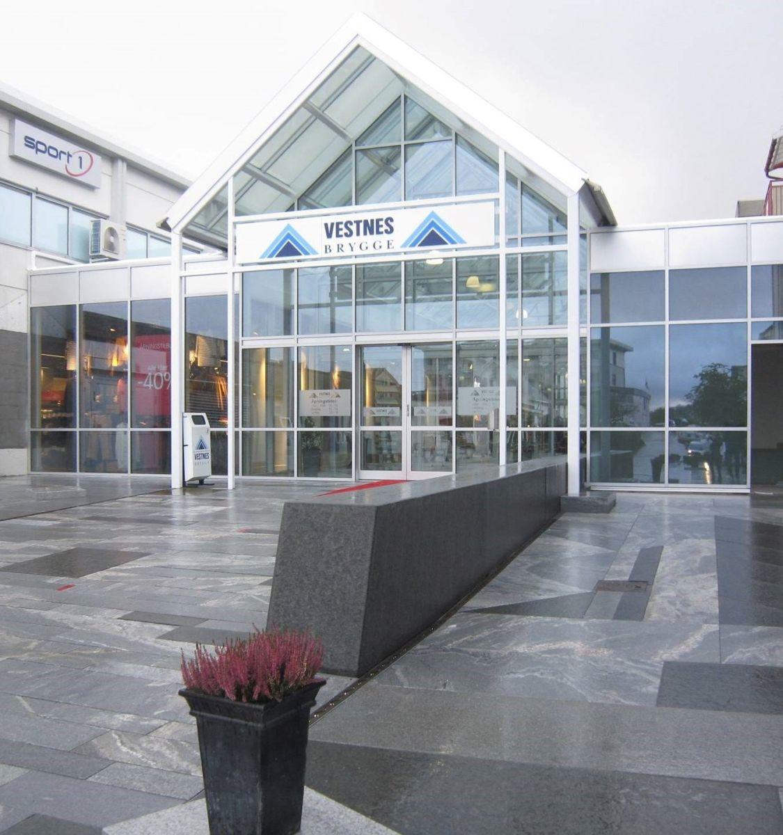 Vestnes Brygge. Foto: Malme AS