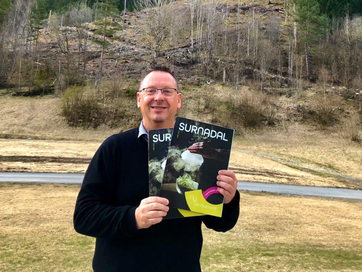 Stig Husby gler seg til ei ny utgåve av Surnadals magasinet kjem i postkassane  denne veka