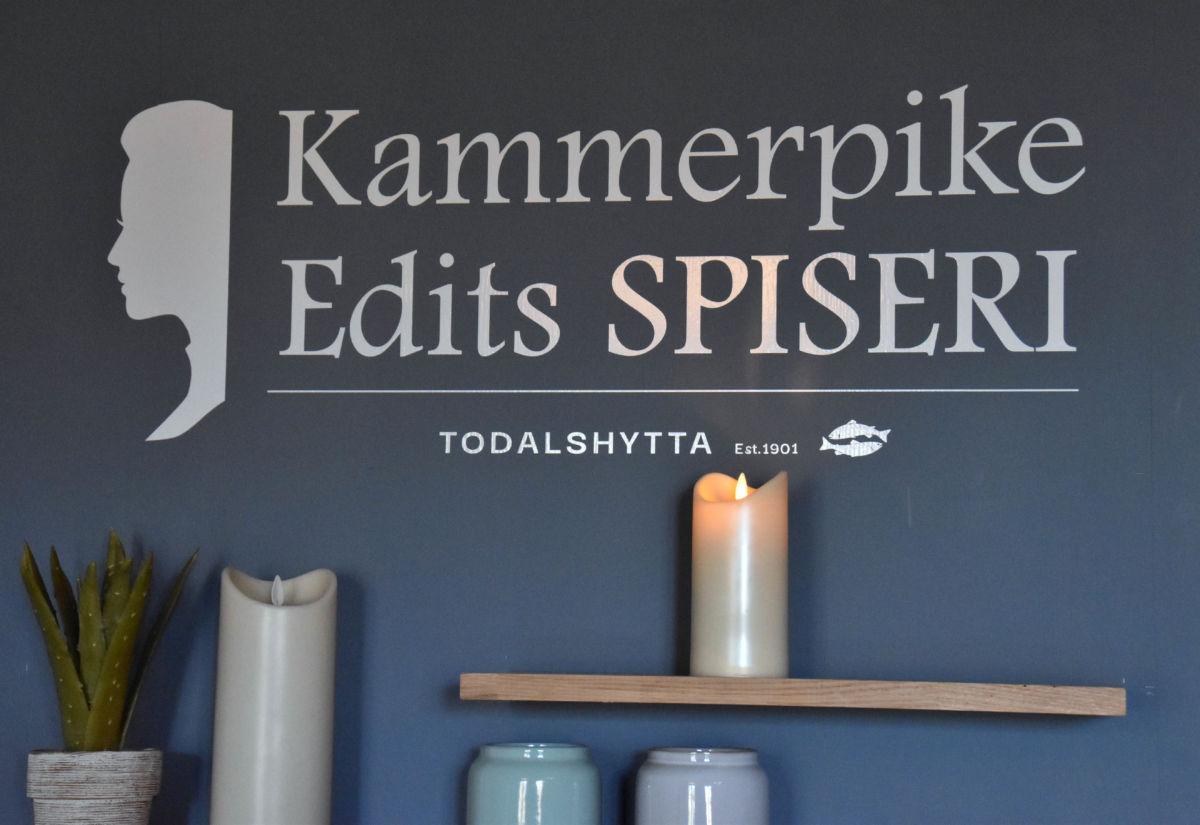 Todalshytta - presenterer eigen 3 retters meny til 17. mai.  Foto: Jon Olav Ørsal