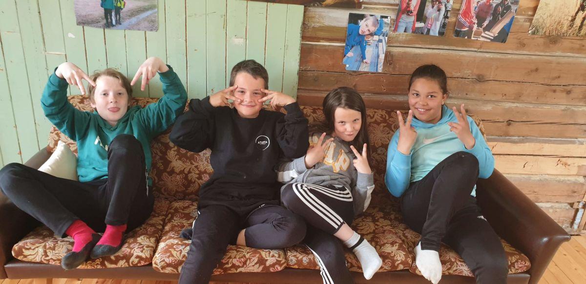 Fire nye 4H-medlemmer deltok på sitt første møte. Foto: V A Ansnes